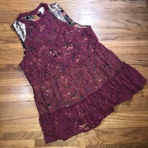 Gimmicks BKE Mock Lace & Sequin Floral Underlay